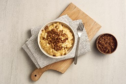 Slow Cooker Macaroni and Cheese with Spiced Breadcrumbs
